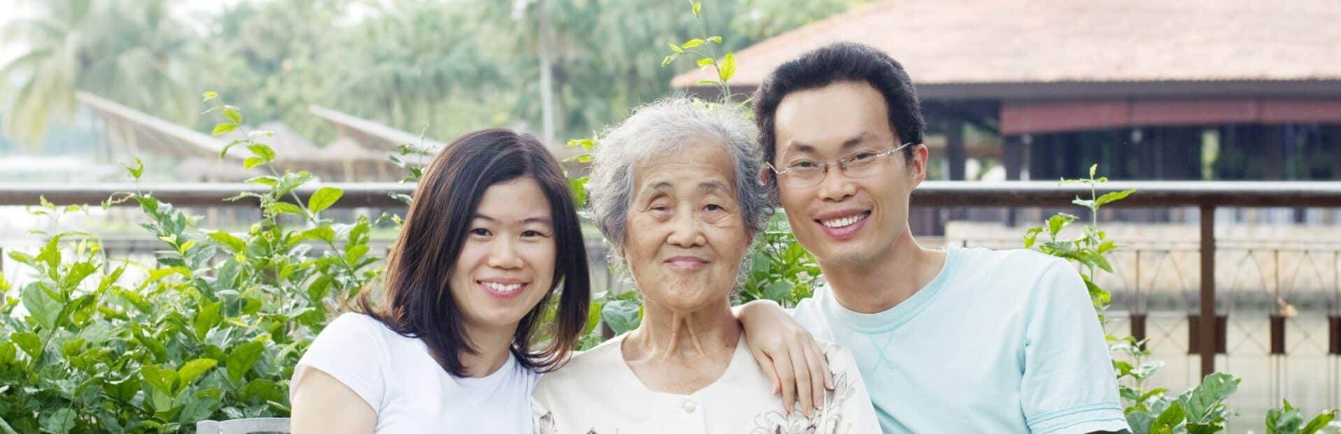 caregiver with chinese