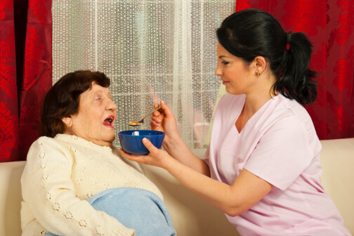 4-reasons-to-choose-in-home-care-assistance-for-your-aging-relatives