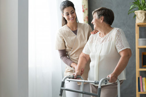 5-signs-that-your-aging-parent-needs-home-care-assistance1