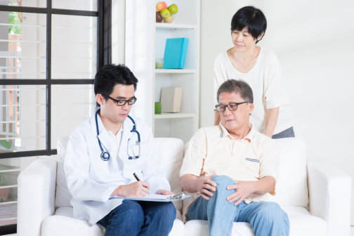 How to Be a Great Health Advocate for Seniors at the Doctor's Office